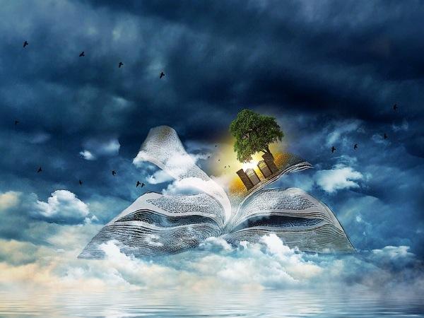 book-clouds-873442_1280_bays